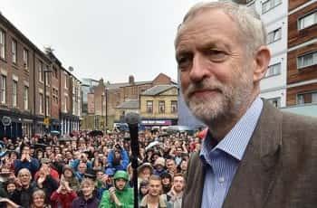 Owen Smith MP gives speech in Newcastle