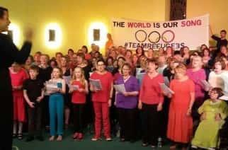 Pop-up: The Team Refugee pop-up choir in Leeds/by Beccy Owen.