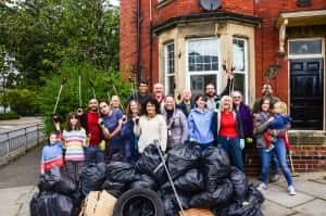 Thornhill residents help to clean up Sunderland's streets