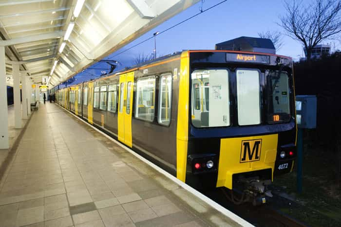 guest-house-newcastle-airport-metro-train