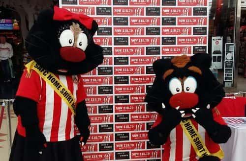 Sunderland AFC Mascots meet families during half term tour