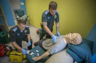 WATCH: Simulation exercise helps Sunderland University paramedic students deliver first-class emergency response