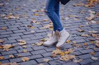 Gateshead couple to walk 1000 miles to raise awareness of encephalitis